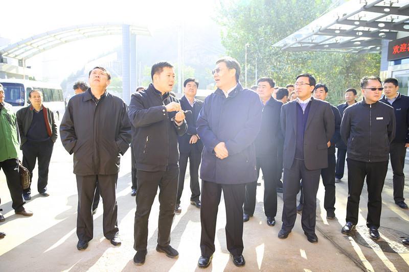 市委领导到浆水泉热源厂、师大新村换热站调研供热工作
