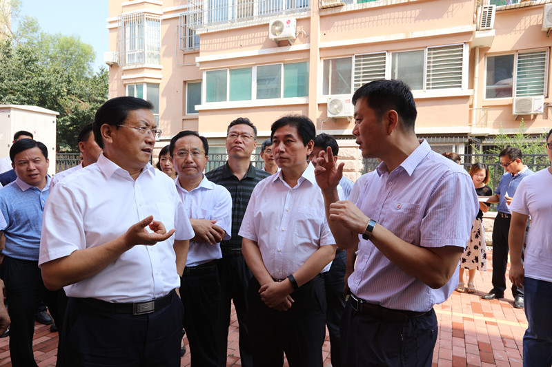 济南市委副书记、市长王忠林到我集团视察