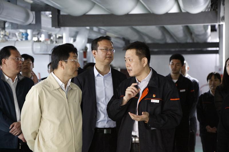 山东省副省长刘强一行到万博意甲manbetx官网手机版万博manbetx官网app下载调研